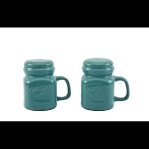 Mason Craft & More  Teal Salt and Pepper Shakers